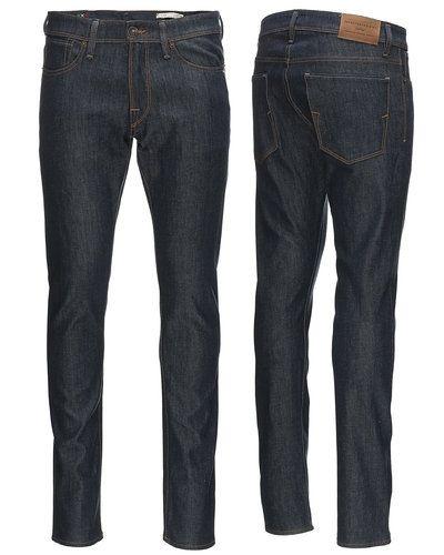 Jeans från Selected till herr.