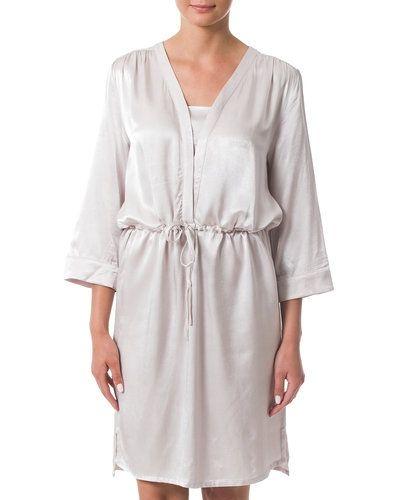 Till dam från Soaked in Luxury, en metallicfärgad miniklänning.