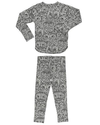 Grå pyjamas från Soft Gallery till ospec./Unisex.