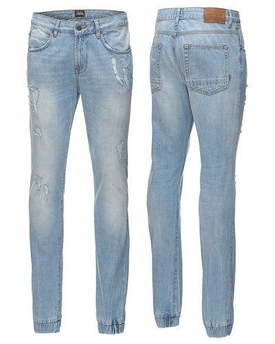 Blå loose fit jeans från Solid till herr.