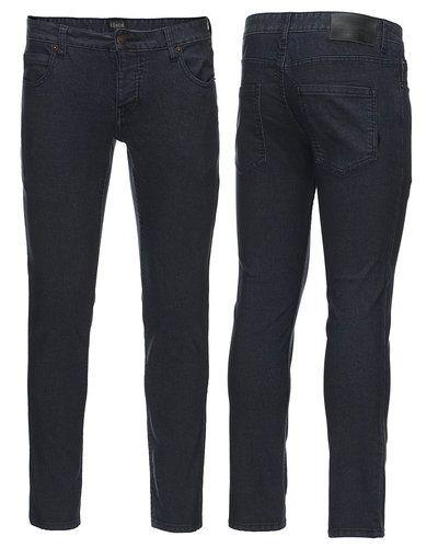 Solid slim fit jeans till herr.