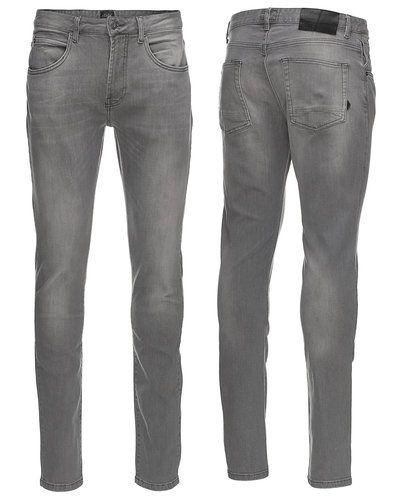 Solid loose fit jeans till herr.
