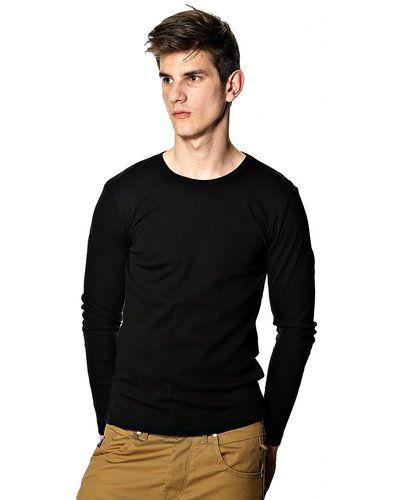 Till herr från Solid, en svart tröja.