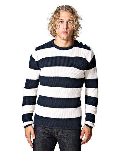 Solid Solid stickad tröja. Huvudbonader håller hög kvalitet.