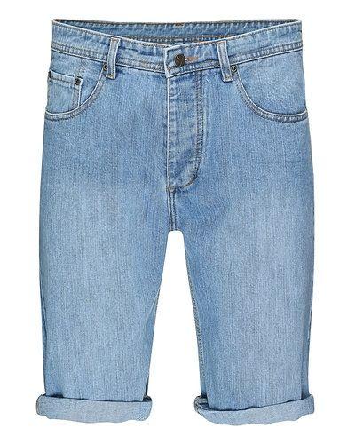 Till unisex från STYLEPIT, en grå jeansshorts.