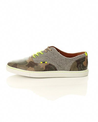 Till herr från STYLEPIT, en grön sneakers.