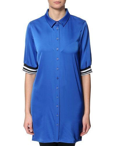 Till dam från STYLEPIT, en blå tunika.