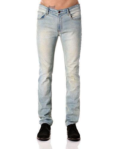 Till herr från STYLEPIT, en grå jeans.