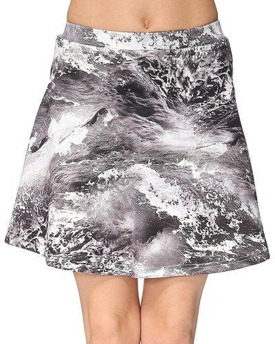 STYLEPIT kjol till kvinna.