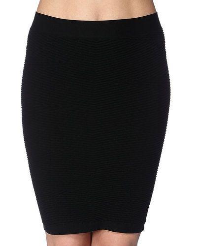 Metallicfärgad kjol från STYLEPIT till kvinna.