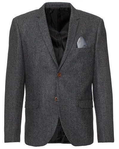 Till herr från Suit, en grå kavaj.