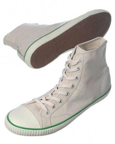 Vit sneakers från Tretorn till herr.