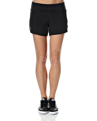 Under Armour Get Going W. löparshorts Under Armour shorts till dam.