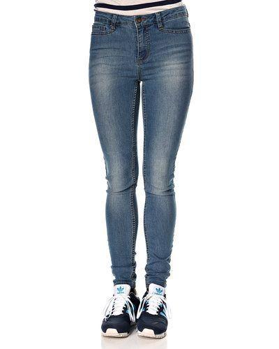 Vero Moda jeans Vero Moda blandade jeans till dam.