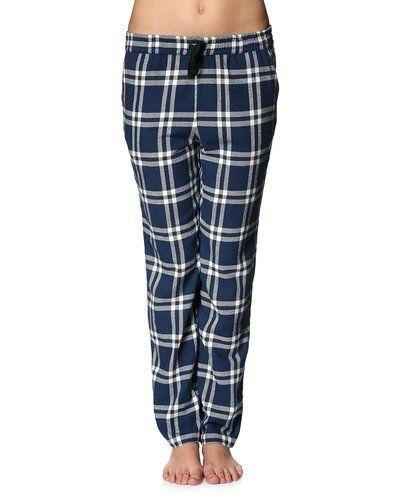 Till dam från Vero Moda, en blå pyjamas.