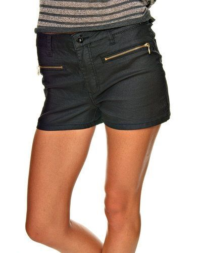 Vero moda shorts Vero Moda shorts till dam.