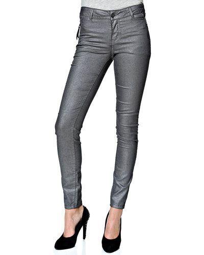 Jeans Vila coated jeans från VILA