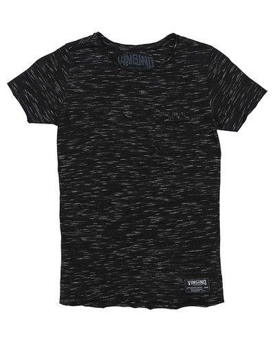 Till kille från Vingino, en svart t-shirts.