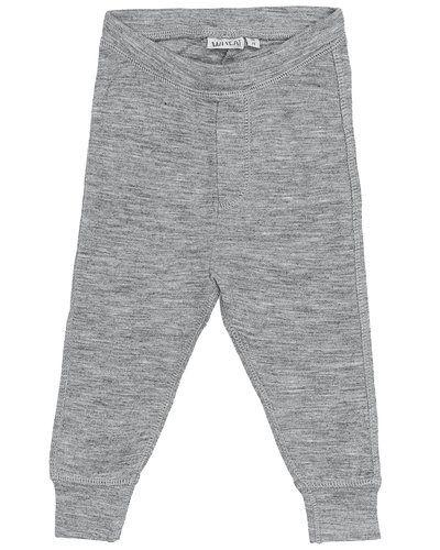 Till kille från Wheat, en grå leggings.