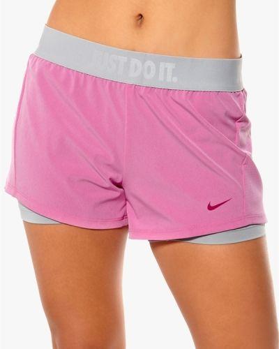 Nike Circuit 2 in 1 Shorts. Traningsbyxor håller hög kvalitet.