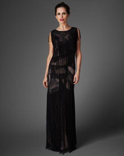 Till dam från Phase Eight, en svart maxiklänning.