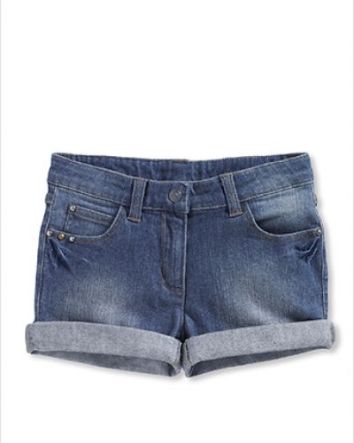 Till tjejer från Bonaparte, en jeansshorts.