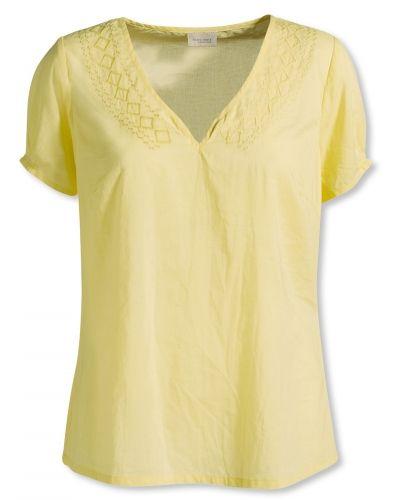 Till dam från Bonaparte, en gul blus.