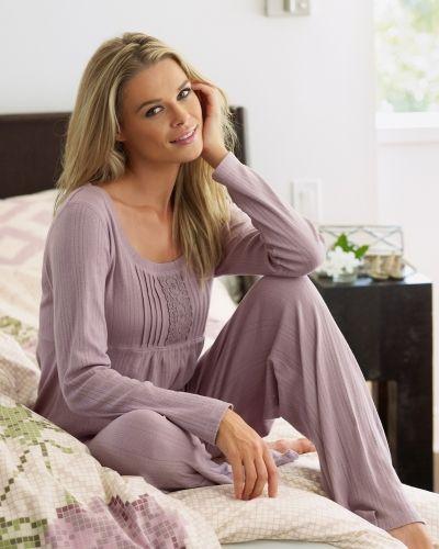 Till dam från Bonaparte, en pyjamas.