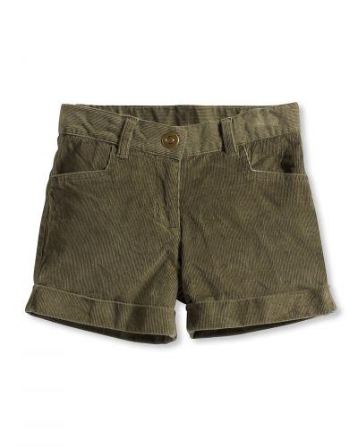 Till dam från Bonaparte, en grön shorts.