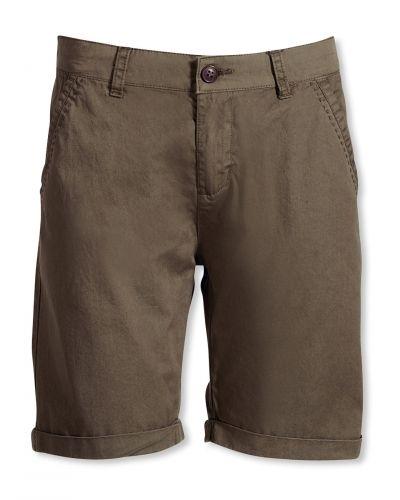 Grön shorts från Bonaparte till dam.