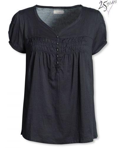 Till dam från Bonaparte, en svart blus.