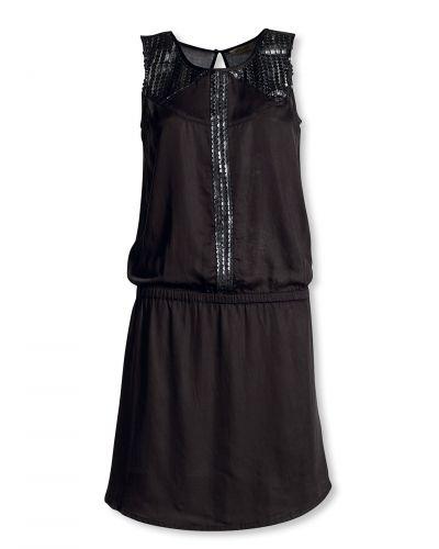 Till dam från Bonaparte, en svart tunika.