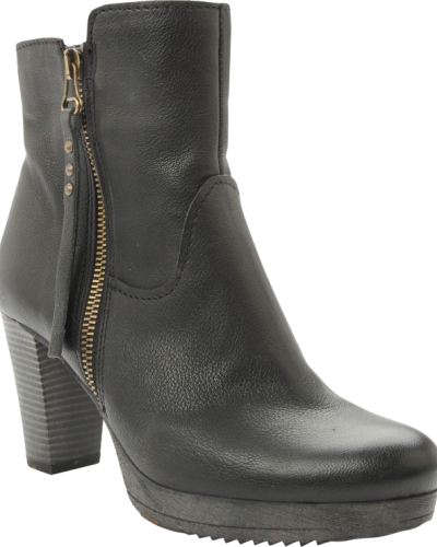 Bianco Barbara Leather Boot