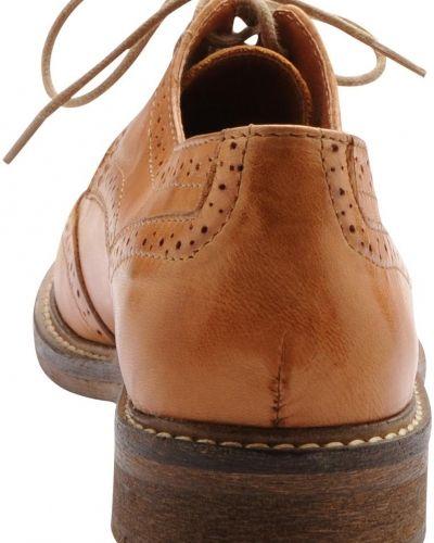 Bianco Broque Shoe JJA14