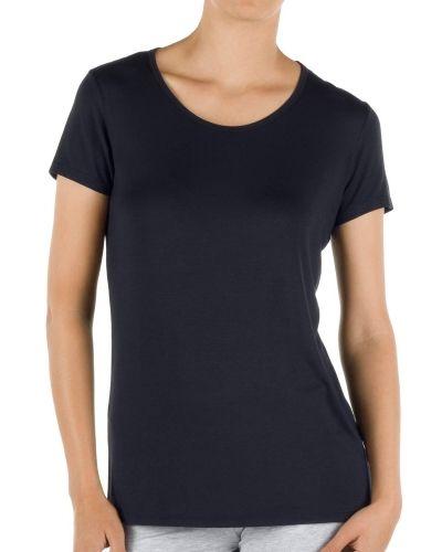 Till dam från Calida, en svart t-shirts.