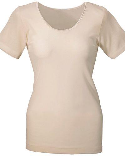 Till dam från Damella, en vit t-shirts.
