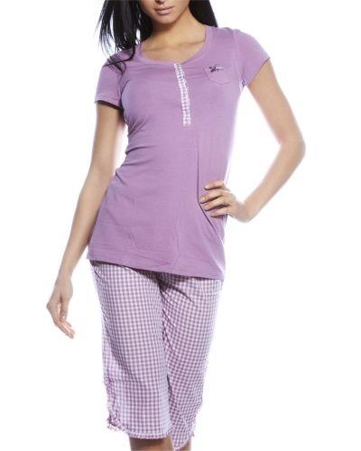 Till dam från Esprit, en rosa pyjamas.