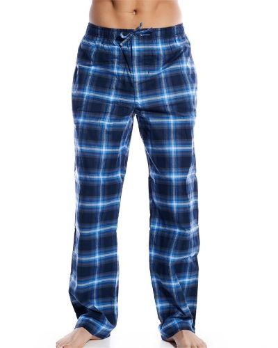 Blå pyjamas från Hugo Boss till herr.