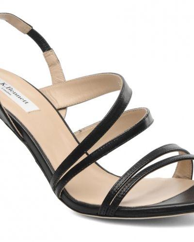 Till dam från L.k. bennett, en svart sandal.