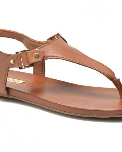Till dam från Aldo, en sandal.