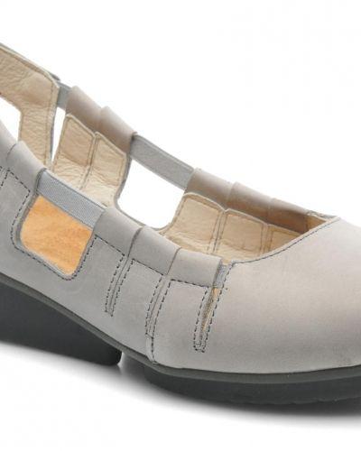 El Naturalista sandal till dam.