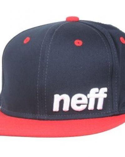 Till unisex/Ospec. från Neff, en keps.