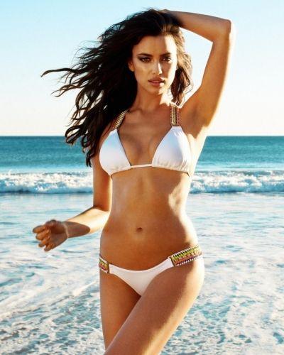 Till tjejer från Övriga, en vit bikini.