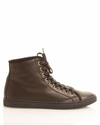 Svart sko från Abro till dam.