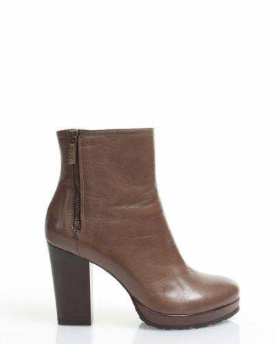 Brun sko från Apair till dam.
