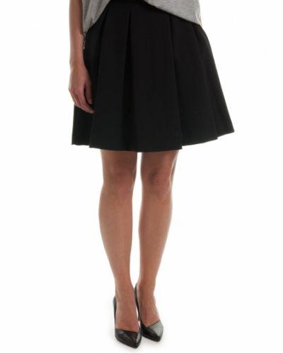 By Malene Birger kjol till kvinna.