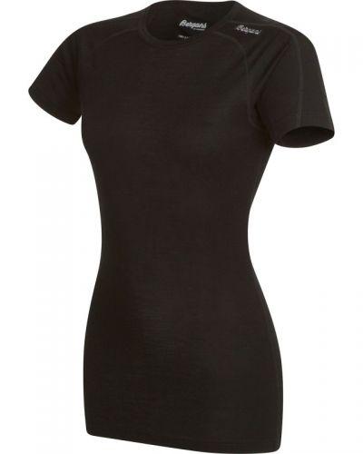 Till dam från Bergans, en t-shirts.