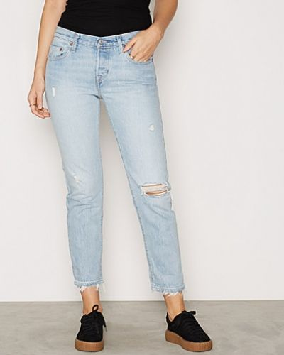 Till dam från Levis, en straight leg jeans.
