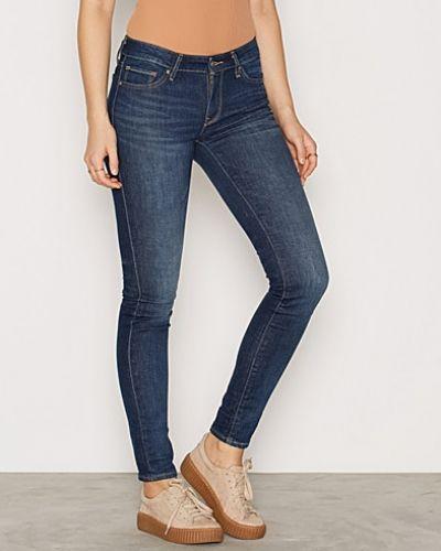 711 Skinny Fair Spirit Levis slim fit jeans till dam.