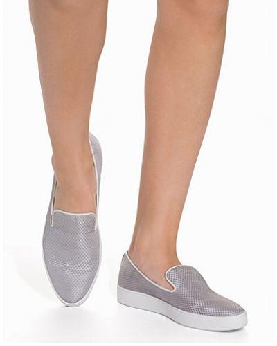 Alisa Slip In Vagabond sneakers till dam.
